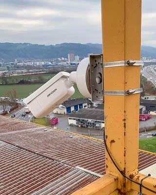 Webcam an Kran montiert